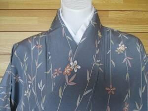 即決!§◆正絹・ブルーグレー地に枝垂桜◆§高級素材しつけ付