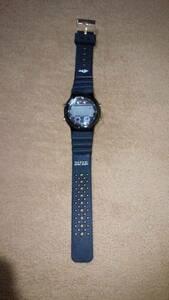 『SHYE』 デジタル腕時計