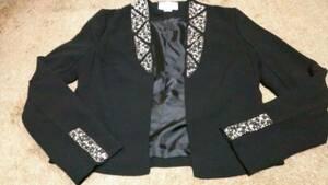 H &M 衿、袖口、ビジュー付きジャケットサイズ34