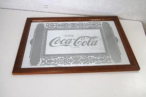 コカコーラ 壁掛け パブミラー 横56.5×縦41cm CocaCola 鏡 カガミ かがみ レトロ調 札幌 清田区