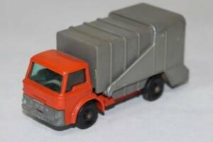 新☆K410 ミニカー トラック グレー系 マッチボックス REFUSE TRUCK イングランド製 当時物 寸法(高さ3.4cm 幅7.5cm 奥行2.9cm) 重さ60g