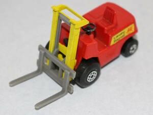 新☆K457 ミニカー 赤系 マッチボックス フォークリフトトラック ©1972 イングランド製 当時物 寸法(高さ3.8cm 幅7cm 奥行2.9cm)▲