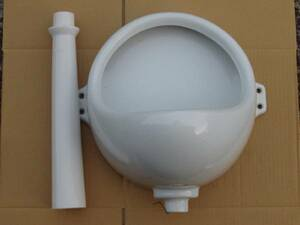 non flushing ornament urinal white