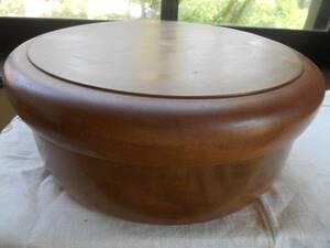 茶道具、「丸形茶櫃」、<唐木>、<煎茶道具揃え><湯呑五客、湯冷まし一、急須二>mcy60