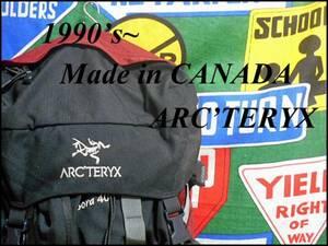 ★オススメ★容量大CANADA製カナダ製ARD'TERYXアークテリクスBora40アウトドアリュックサックバックパックブラック×オレンジ登山用通学に