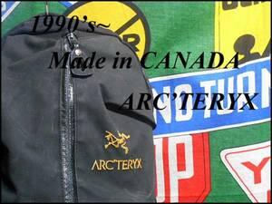 ★オススメ★CANADA製カナダ製ARC'TERYXアークテリクスデザインバックパックリュックサックブラック黒色程よい容量通勤通学普段使いに