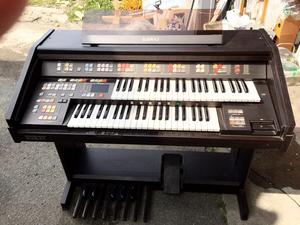 中古 エレクトーン KAWAI SR-300 ドリマトーン ピアノ 通電確認済み。