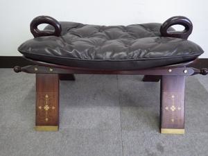 26【S.R】昭和 レトロ アンティーク 木製スツール 革 椅子 象嵌/象眼(ぞうがん) 幅76×奥41×高40㎝ 香川発