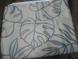 厚手 布はぎれ◆濃いグレー葉柄 遮光◆約178cm×76cm C11 ハギレ 生地ハギレ