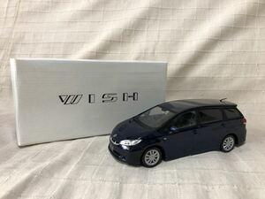 即決有★トヨタ WISH ウィッシュ カラーサンプル ダークブルーマイカ★ミニカー