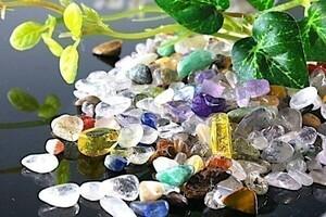 【送料無料】 200g さざれ 小サイズ ミックスジェムストーン 水晶 パワーストーン 天然石 ブレスレット 浄化用 さざれ石 チップ ※1