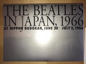 写真集 ビートルズ イン ジャパン 1966 The Beatles In Japan 1966 未使用品 外箱は「破れは無いが多少の凹み傷あり」