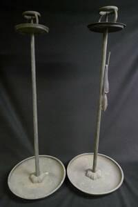 【黒檀堂】旧家初出し 真鍮製梔子刻紋蜀台一対 約70cm