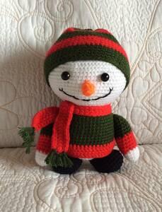 編みぐるみ あみぐるみ 機嫌いい雪男の子 可愛い置物