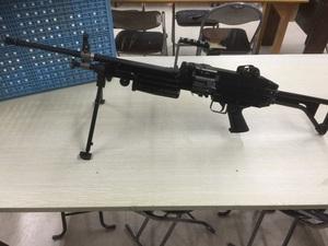即決 絶版入手困難品 アサヒファイアーアームズ M249 MINIMI ミニミ VB方式ガスガン 動作未確認 未使用可能性大