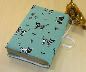 21 B hand made hand ... library book@② book cover emerald green skeleton cat cat .. cat present present