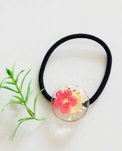 Pink petals and lace flower pony ☆ Handmade Hair accessories Resin Hair rubber