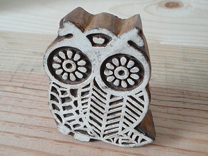 owl tree carving * width 6.0cm height 7.3cm thickness 2.5cm* India made
