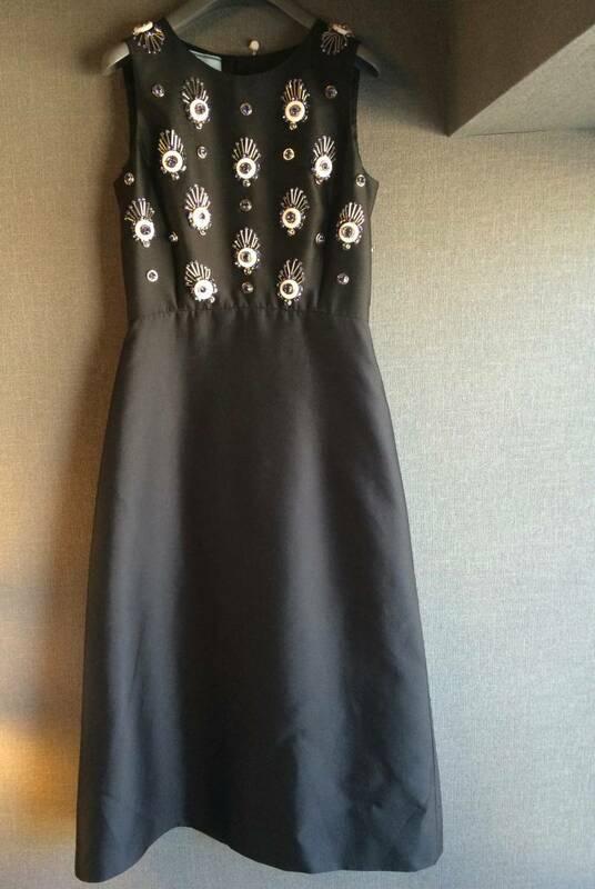 100萬 新品 プラダ 12-13AW 豪華 裝飾 ワンピース ドレス 40 PRADA ブラック 黒 ビジュー ラインストーン