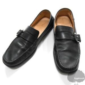 YGG★本物 LOUIS VUITTON ルイヴィトン レザー ローファー 黒 8 1/2 ロゴコンチョ付き 26.5cm シューズ 靴 メンズ