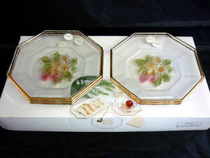 カメイガラス いちご フルーツガラス皿5枚 八角形 デザート皿 新品未使用 おもてなし パーティー お買い得 SK521-5