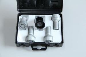 # *  Новый товар   защита от кражи  диск  болт  M14 R14 лампочка  поверхность   шея  низ 27mm [  Benz  Оригинал  аксессуары  ] W176 W169 C117 X117 W245 W246 X156