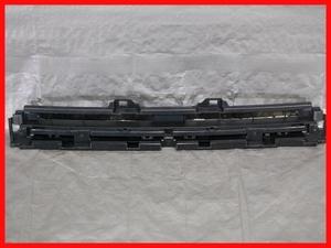 18524 RK1/RK2 ステップワゴン 前期 純正 フロントグリル 71102-SZW-00