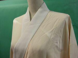 半衿付 長襦袢 正絹 縮緬 銀糸使いの山文様 しつけ付き 薄香色のぼかし染め