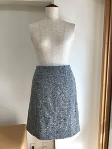 ハンドメイド イタリア製ヘリングボーン生地使用 ウールのスカート 白黒系