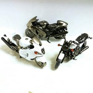 世界の名車シリーズ レッドバロン ダイキャスト バイク ハヤブサ 2台を含め3台