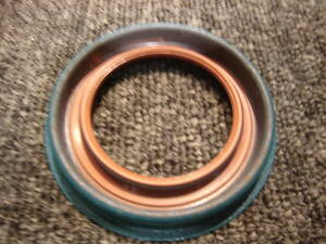 Chevrolet TH350 Transmission front side oil seal new goods. Impala, Camaro, bell air, Corvette,C10, Caprice, L kami