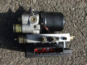 * Jaguar X300 XJR ABS unit actuator controller LNA2210BA * JLFA
