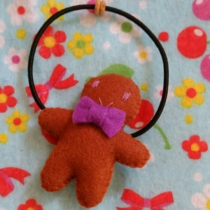 ジンジャーマンクッキーのヘアゴム1☆フェルトハンドメイド☆在庫処分