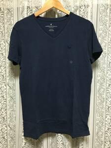 残りわずか! 正規品 本物 新品 アメリカンイーグル ワイルド Vネック Tシャツ AMERICAN EAGLE 知的で 上品な ネイビー 紺色 クール! M ( L