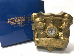 未使用 ディズニーシー NEW YEAR'S EVE CELEBRATION 2004 時計 置時計 クオーツクロック ミッキー ドナルド Disney コレクション
