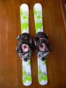 即決☆新品 ショートスキー ファンスキー スキーボード スノーブレード 99cm スノーボード用バインディング スノーボードソフトブーツ