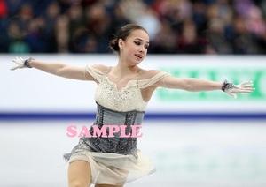 アリーナ・ザギトワ/写真A4/30