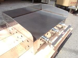 即落札 新品未使用 LPG 600×450 卓上 鉄板焼きグリドル 鉄板 ガス器具 付 6㎜厚 フランクフルト 焼きそば お好み焼き などに