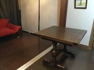 イギリスアンティーク家具ダイニングテーブル 即決落札配達無料北部九州だけ。相談待ちます
