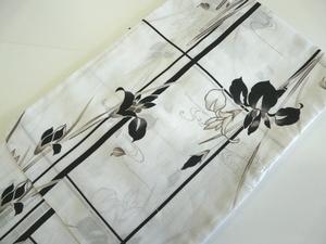 女性用 浴衣 単品 白地に黒 菖蒲 仕立上 綿 ワイドサイズ 497