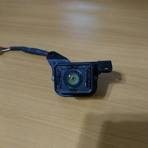 又々入荷トヨタエスティマACR/MCR30/40純正バックカメラですお買い得商品!!