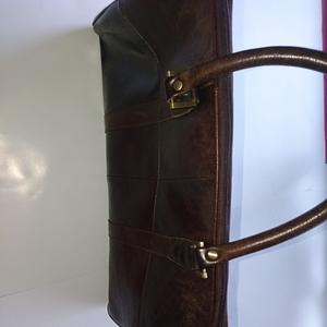 皮革製ボストンバッグ