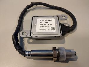 ★ベンツ NOXセンサーW207 Eクラスクーペ E350 窒素酸化物センサー A0009053403 BENZ  A0009056900 0009056104