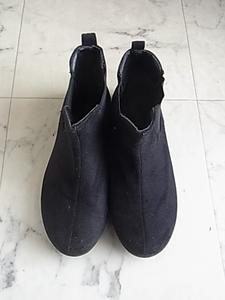 レディース サイドゴアブーツ 黒 ブラック サイズM 23センチくらい 履きやすい 靴