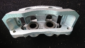 Ford E350,250 etc.,8 hole for front brake calipers..