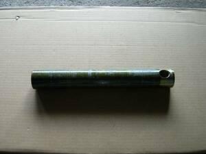 ユンボ バケットピン 径40mm長さ280mmグリス穴あり
