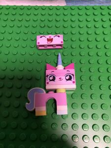 正規品 希少 LEGO レゴ ザ・ムービー2 ユニキャット ミニフィグ LEGO MOV IE フィギュア ブロック