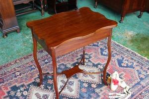 イギリスアンティーク家具 オケージョナルテーブル サイドテーブル  アンティーク/テーブル 英国製 H21-2a