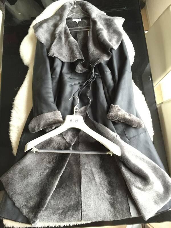 即決 極美品 ARMANI COLLETIONI アルマーニ 最高級 表革 ロングムートンコート☆40サイズ ブラック