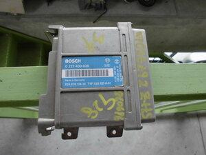 Porsche Porsche 928 S4 injection control unit 92861812410